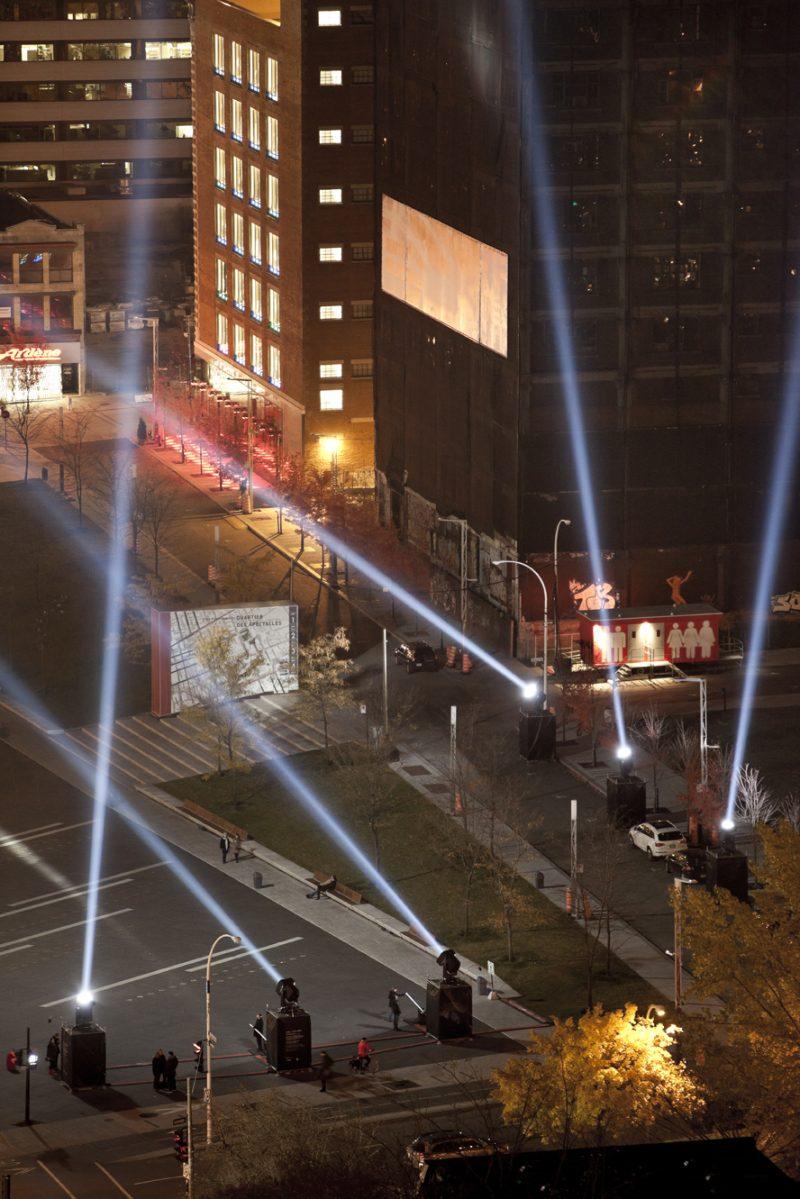 Rafael Lozano-Hemmer, Articulated Intersect, Relational Architecture 18, 2012