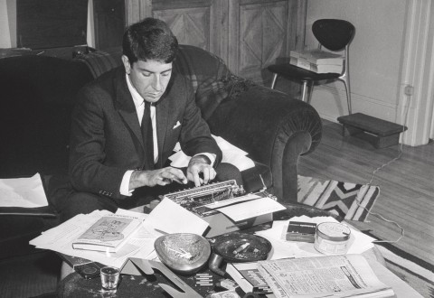 Leonard Cohen at his typewriter (26 octobre), 1963