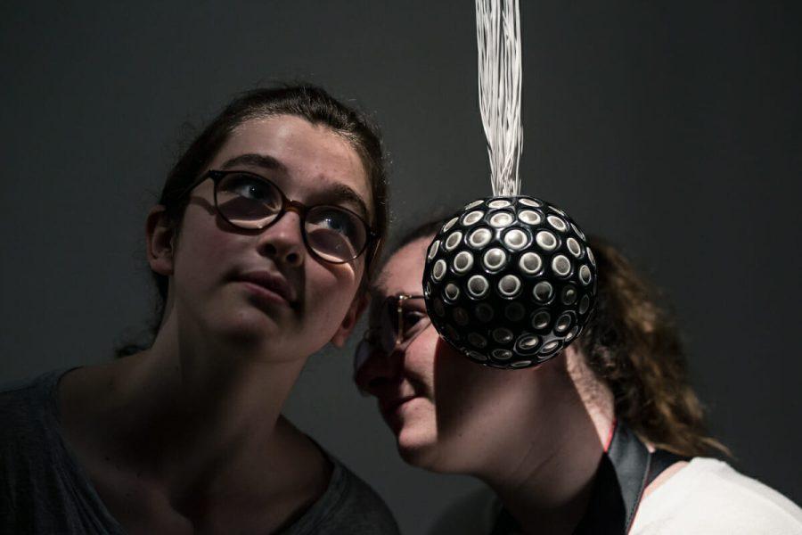 Rafael Lozano-Hemmer, <em>Sphere Packing: Wagner</em>, 2013