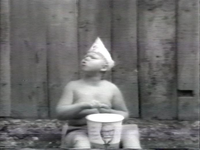 arrêt sur image de Pea Soup, 1978, Pierre Falardeau et Julien Poulin, Vidéogramme noir et blanc, 94 min., son.