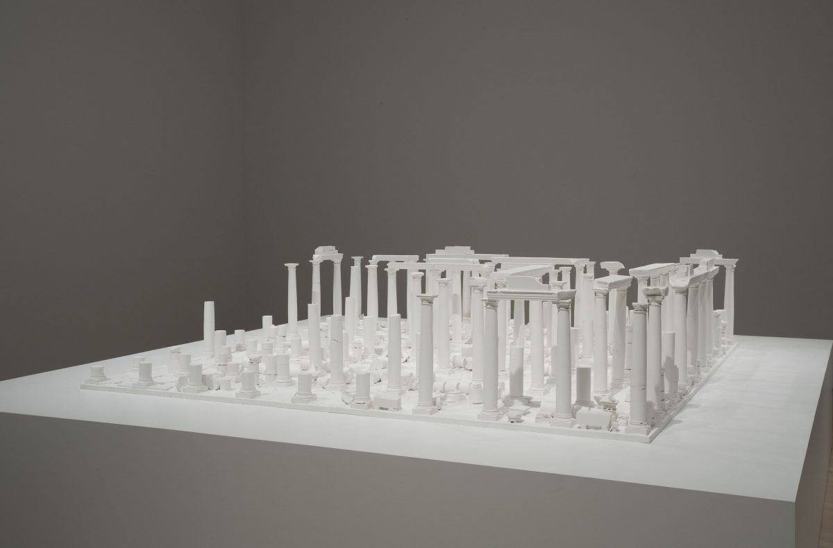 Le Temple aux cent colonnes, 1980, Construction and plaster casting on wood base.