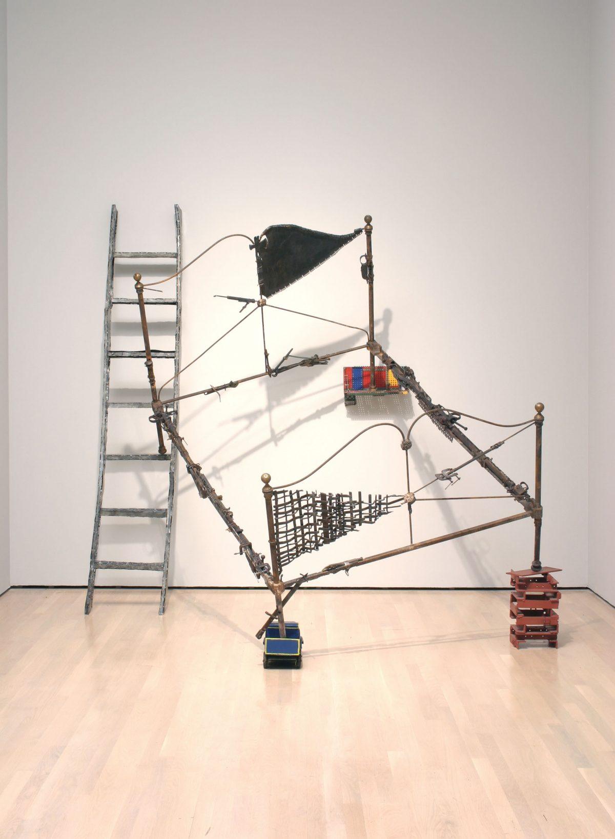 Trophée, 1986, Steel and various objets.