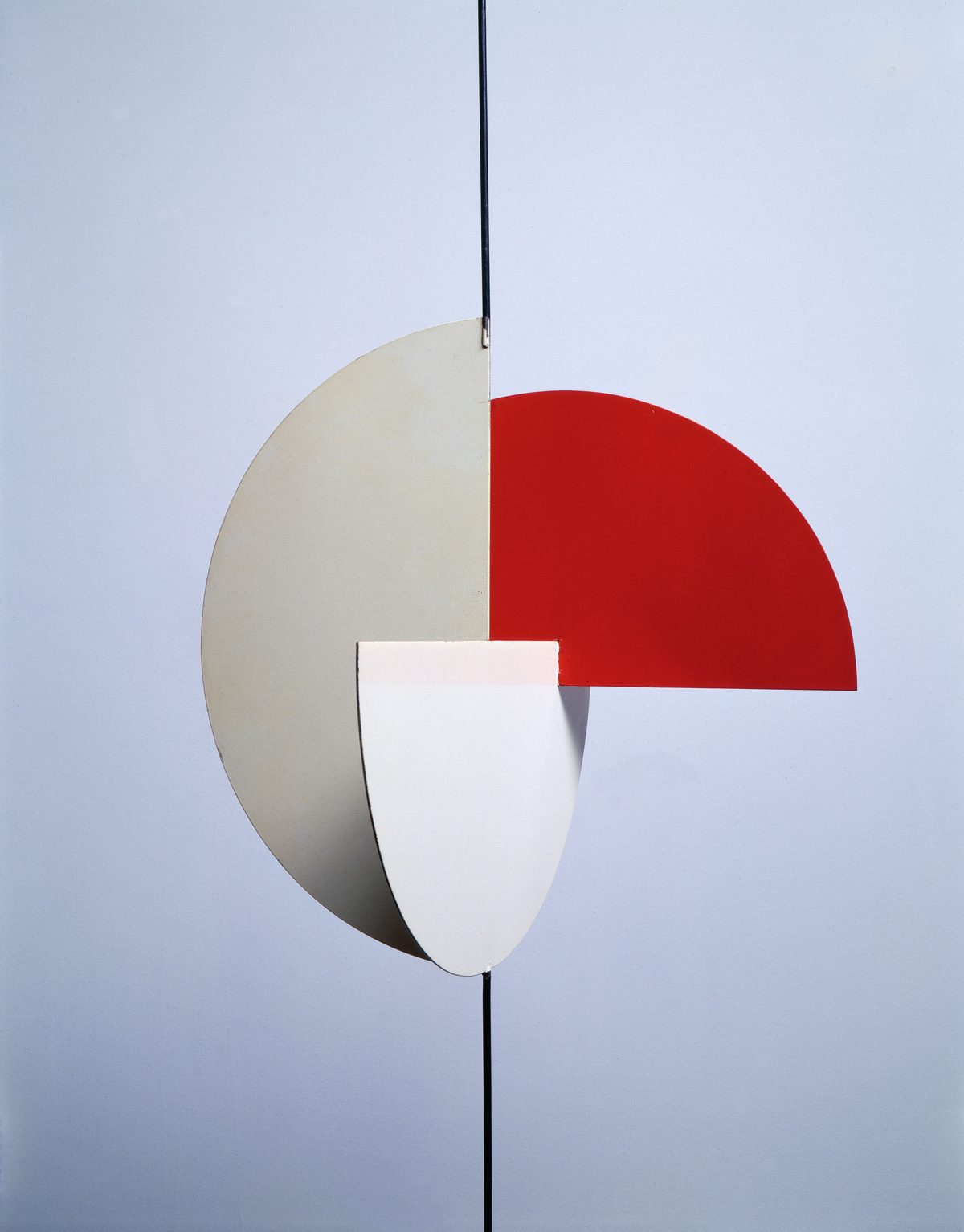 Archétype, trois demi-cercles, 1958, Denis Juneau, Acier peint.