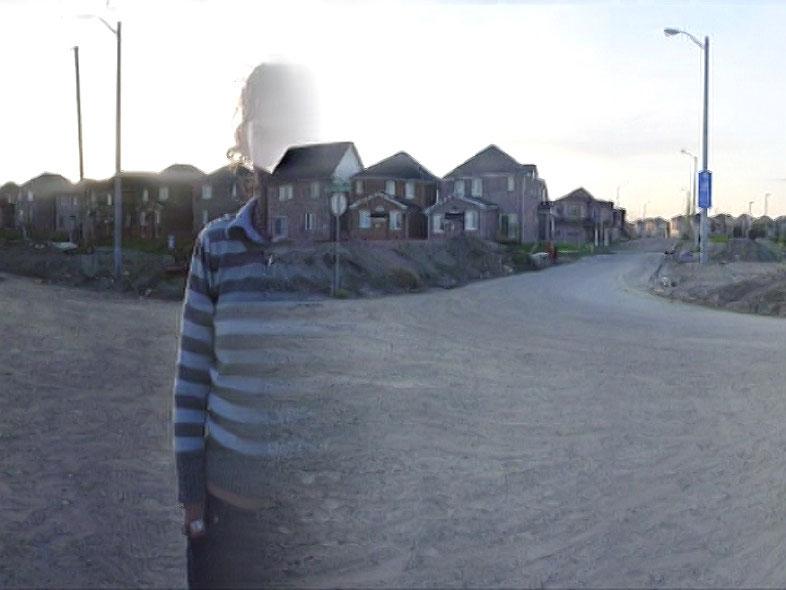 arrêt sur image de Still Life: Urban Sprawl, 2003, Gareth Long, Vidéogramme numérique couleur, 8 min. 45 sec..