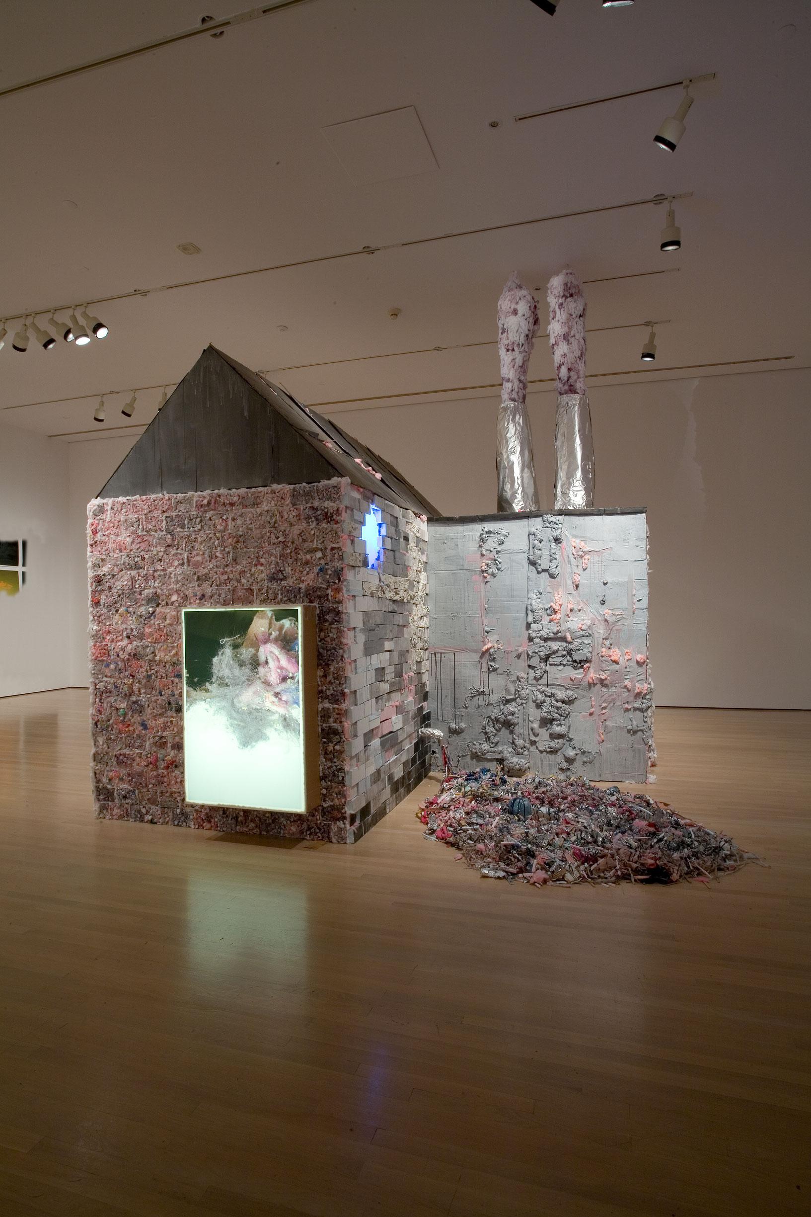 Factory for a Day, 1996-2008, Tricia Middleton, Matériaux divers, peintures, photographies, vidéogrammes et son.