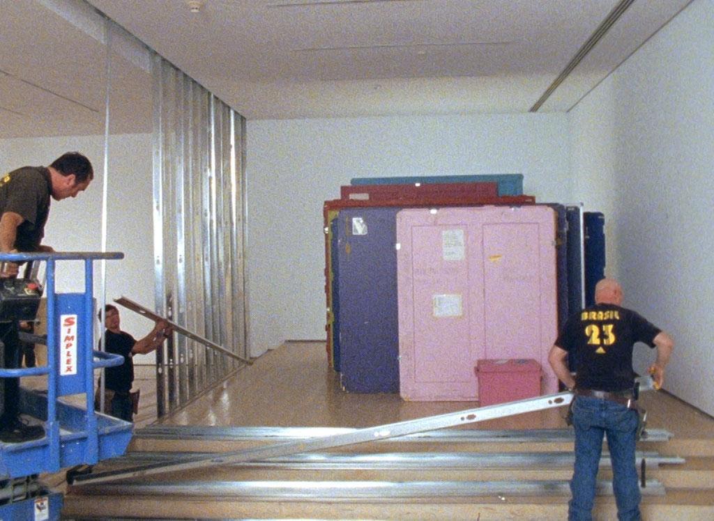 arrêt sur image de 396 x 534 x 762, 2010, David K. Ross, Film 16mm couleur transféré sur fichier numérique, projection en boucle, 3 min. 44 sec., muet, 1/1.