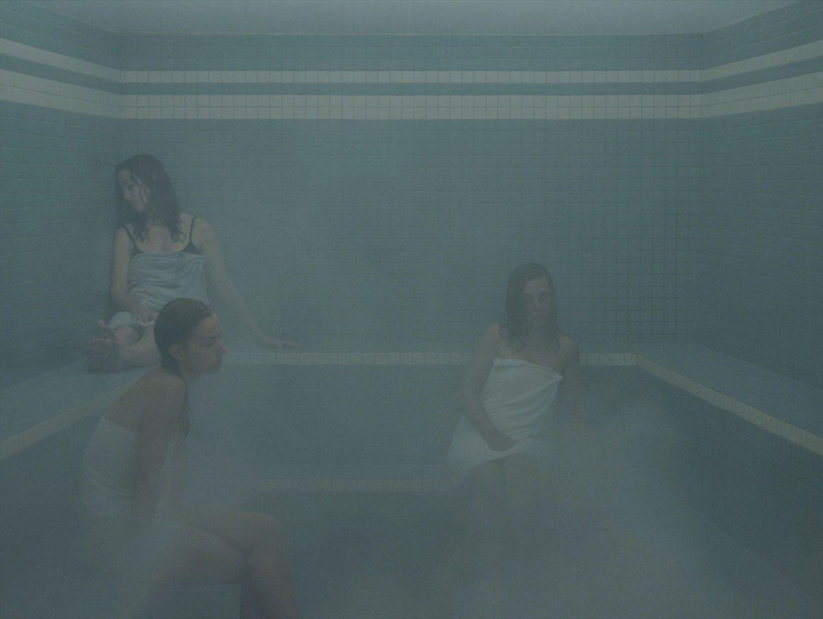 arrêt sur image de L'Étuve, 2011, Olivia Boudreau, Vidéogramme couleur haute définition, 20 min. 38 sec., son, 1/3.