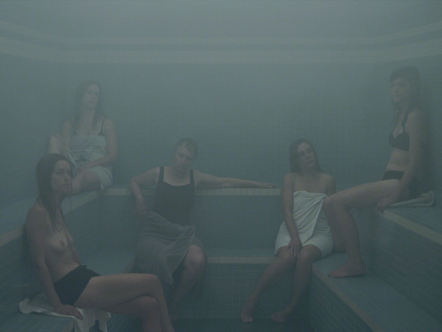 arrêt sur image de L'Étuve, 2011, Olivia Boudreau, Vidéogramme couleur haute définition, 20 min 38 s, son, 1/3.
